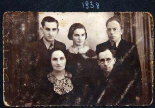 Files\Idea\נכנס 039104 1938.jpg - הגדלת תמונה עם לייטבוקס