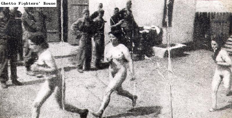 nude-german-female-soldiers